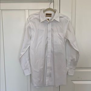 Men's Roundtree white button up collared shirt